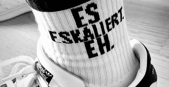 Wer diese Socken trägt, der eskaliert eh!